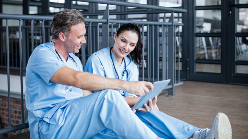Doctors with a Tablet - Human Aspects of Change